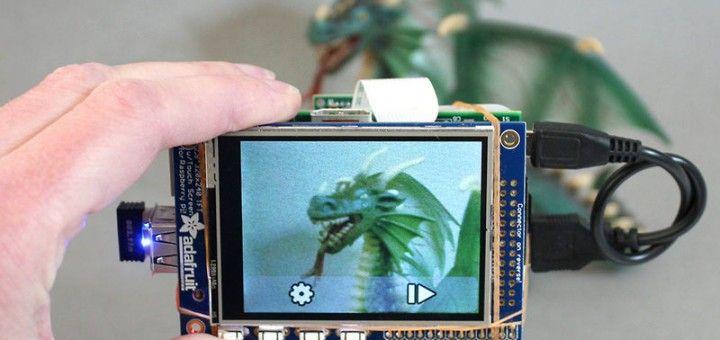 raspberry pi pi cam 720x340 - Cómo construir una Raspberry Pi con cámara táctil y wifi