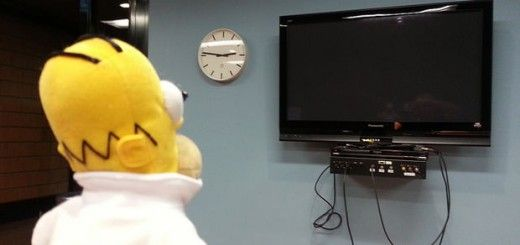 homer 520x245 - Homer Robot con Arduino. Controla tu Smart TV con Homer Simpson