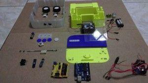 arduino roomba 300x168 - Un robot de limpieza creado con Arduino e impreso en 3d