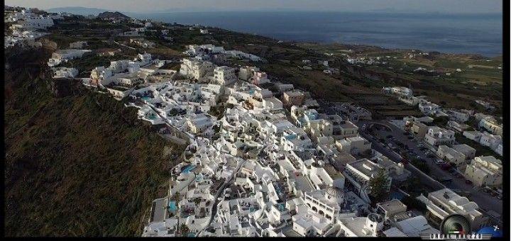 Bellas imágenes de Santorini desde un dron, video del día