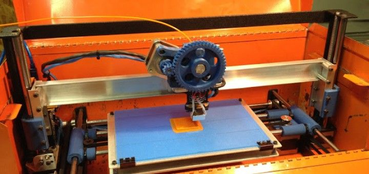 impresora3d arduino 720x340 - Reconvierte una vieja caja de herramientas en una impresora 3D portátil