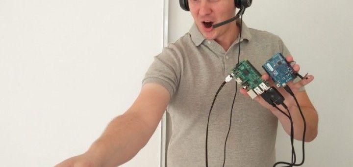 controlando1 720x340 - Controla tu robot Roomba por voz gracias a Raspberry Pi y Arduino