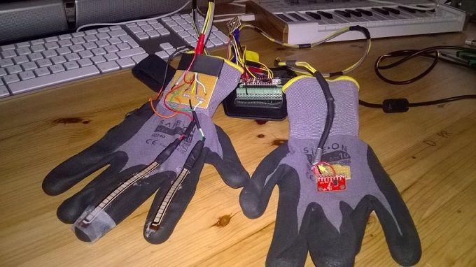 Haz música con estos guantes y arduino