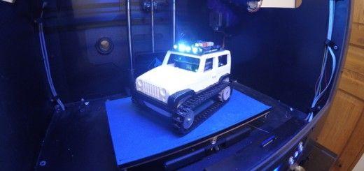 jeep arduino2 520x245 - Arduino controla este jeep de control remoto impreso en 3D