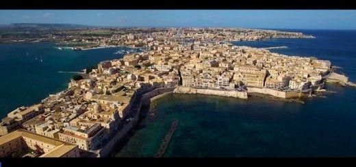 sicilia 520x245 - Vídeo del día: bellas imágenes de Sicilia desde un dron