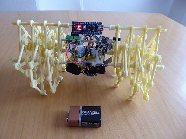 Construye un mini strandbeest controlado por arduino
