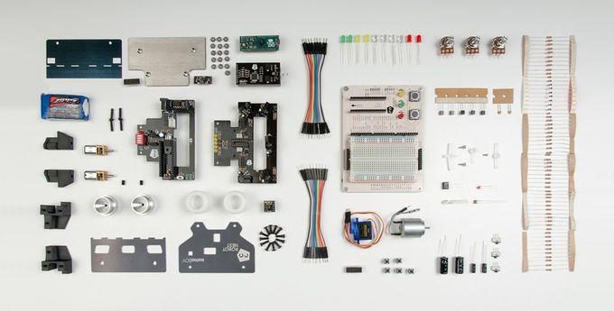 sumoboy2 - Aprende robótica con Sumoboy, un robot de lucha basado en Arduino