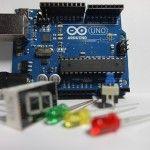 arduino uno 150x150 - Arduino, ¿Qué es y para que sirve? Aprende con Tutoriales y Proyectos