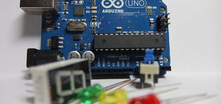 arduino uno 720x340 - Arduino Uno, partes, componentes, para qué sirve y donde comprar