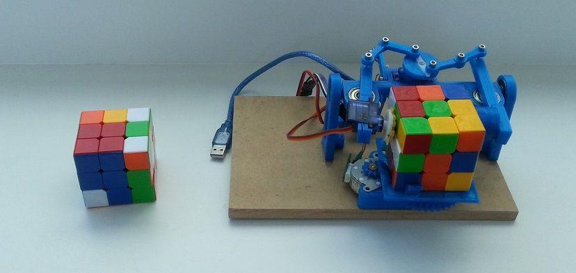 Robik un robot impreso en d que hace el cubo de rubik