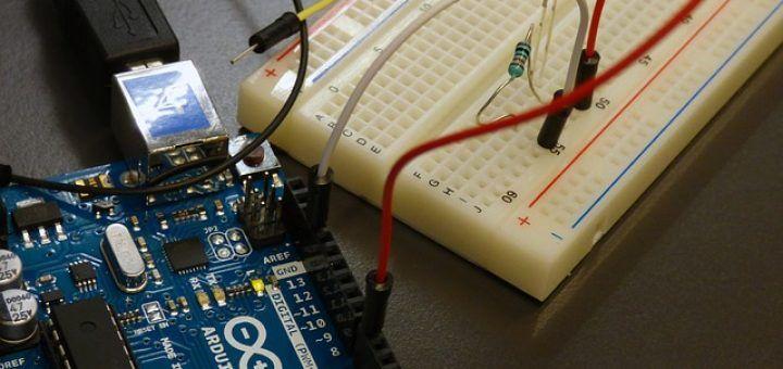 programar con Arduino