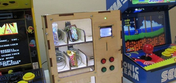 vendingmachinearduino 720x340 - Construye una mini máquina de vending con Arduino