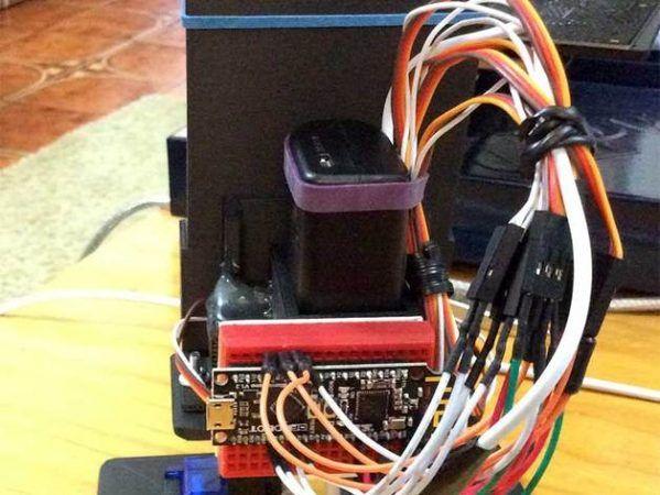 robot arduino1 599x450 - MobBob es un robot Arduino controlado mediante Android