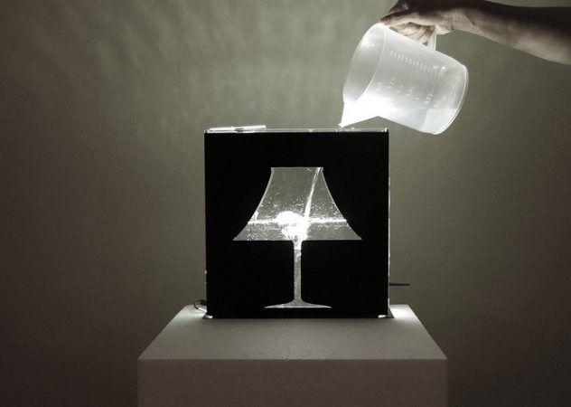 waterlamp1 632x450 - Una lámpara de agua, un original proyecto construido con Arduino