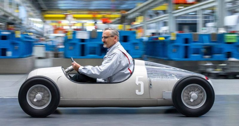 Réplica de Audi Tipo C 800x423 - 10 impresionantes coches impresos en 3D, el futuro de la industria