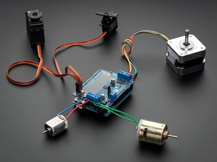 Adafruit Motor Stepper Servo Shield for Arduino v2 Kit v23 - Los Mejores motores paso a paso para Arduino