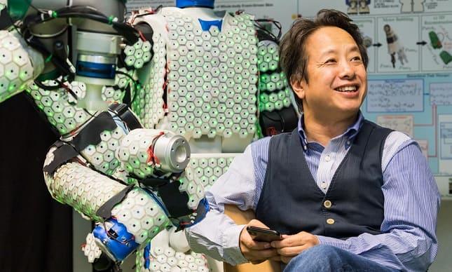 profesor gordon robot sensible - La piel artificial de inspiración biológica mejora la capacidad sensorial de los robots