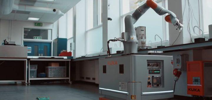 primer robot cientifico