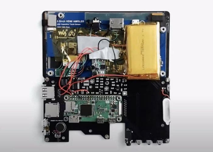 interior terminal de mano para Raspberry pi Zero - Un terminal de PC de mano con Raspberry Pi Zero