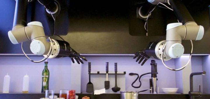Moley Kitchen, este robot se cocina de forma independiente y cuesta unos 271.000 euros. A ese precio, incluso limpia la encimera. moley Robótica ©