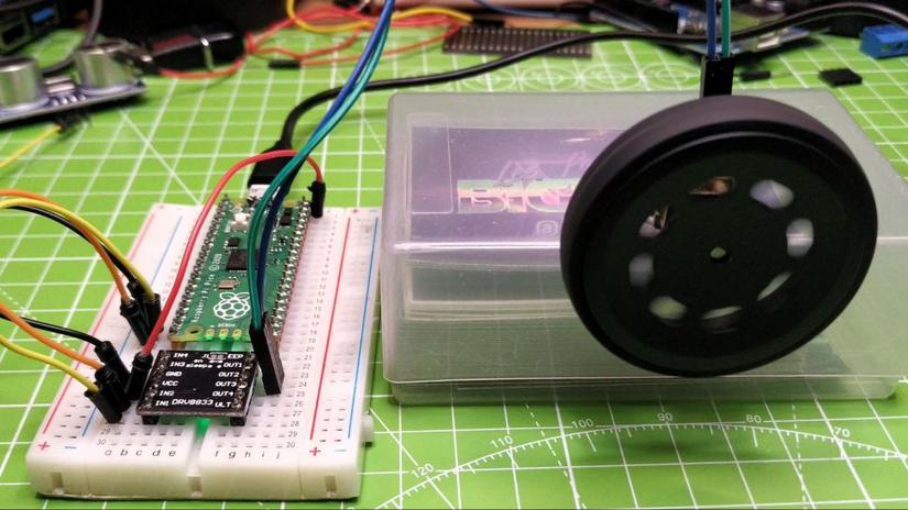 motores pi pico - Raspberry Pi Pico, análisis e introducción