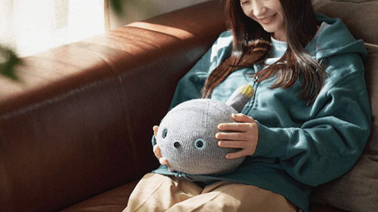 se supone que el robot panasonic nicobo es un gato - El robot Panasonic Nicobo es un gato que puede tirarse pedos