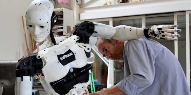inmoov robot impreso en 3d - Por qué la impresión 3D y la robótica son una combinación perfecta