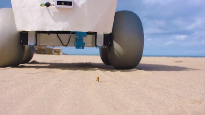 word image 3 - BeachBot utiliza la IA para eliminar las colillas de las playas