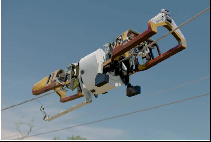 imagen que contiene exterior transporte aire av - Robot de Facebook se arrastra a lo largo de las líneas eléctricas para entregar cable de fibra óptica